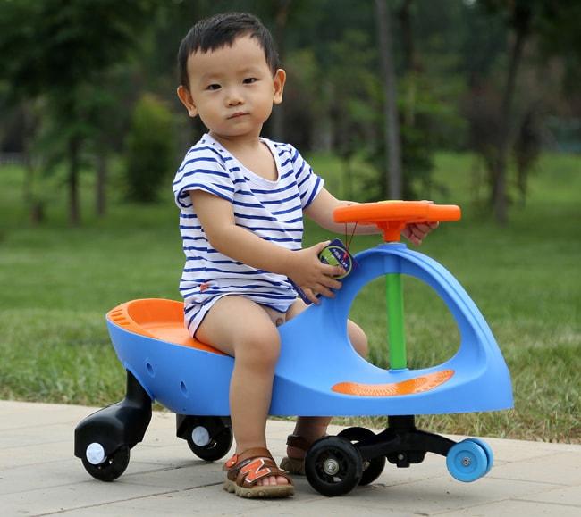 Tại sao xe lắc cho bé là lựa chọn hàng đầu - Ảnh 2